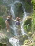 Djevojke_kod_vodopada